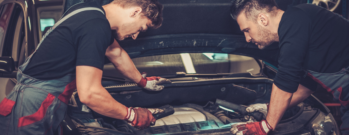 Technicians beforing a car service - Car Servicing Westcliff on Sea | Same day car servicing for Westcliff, Southend and Leigh at Inverness Garage